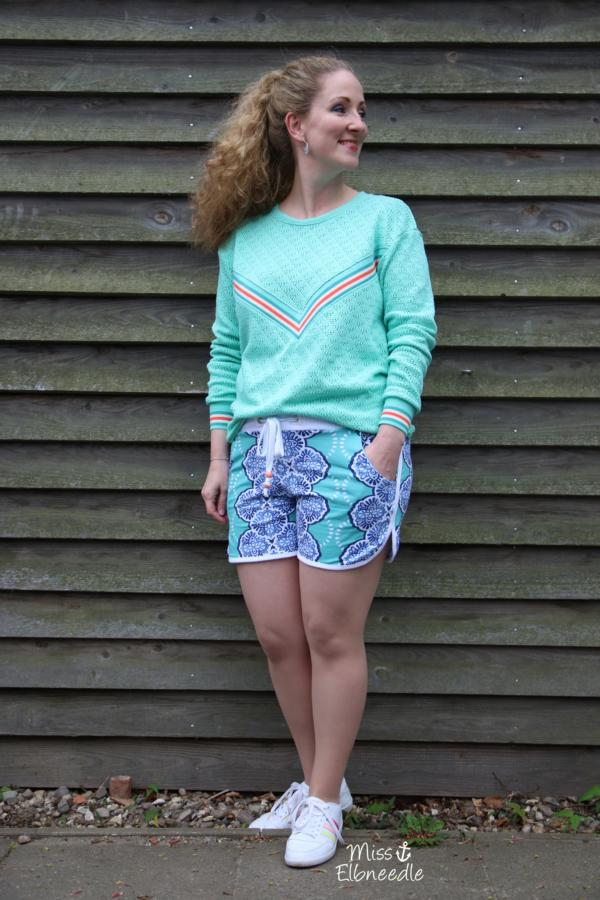 Triangle Knitty WEEKENDER Hamburger Liebe ALBSTOFFE miss elbneedle Mint Verdinho Langarmtop mit Shorts