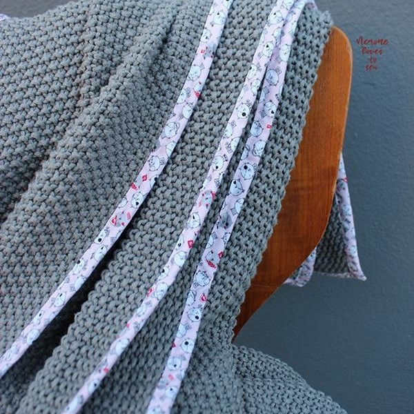 Pre-order cotton knitstoffe with pearly pattern Stoffftraeume4you.de