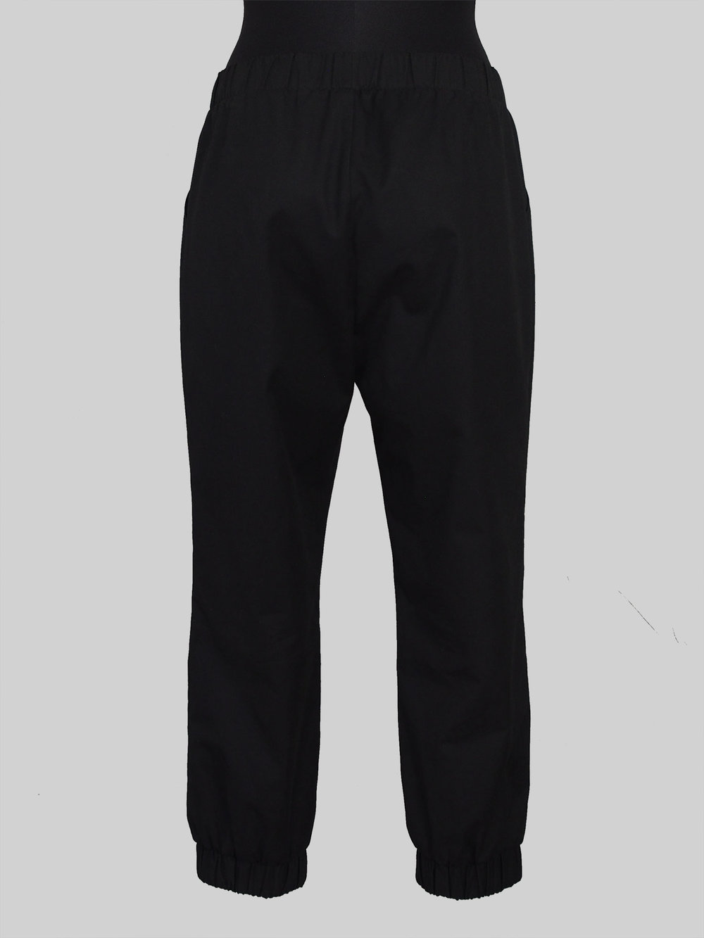 Almost Long Trousers The Assembly Line Designbeispiel Rueckansicht Puppe Stofftraeume4you