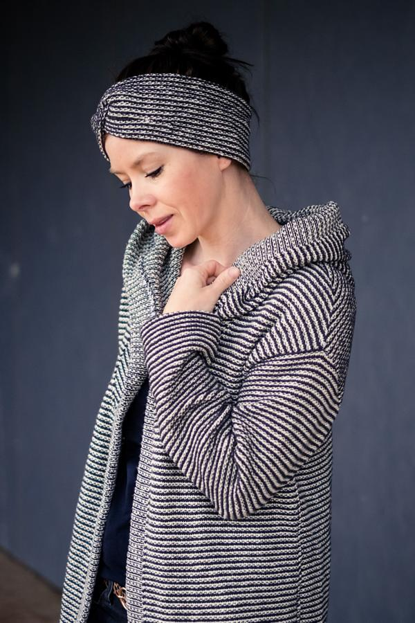 Knitstoff striped anthracite white Stofftraeume4you Frowein sample example Judith's favorite handmade total