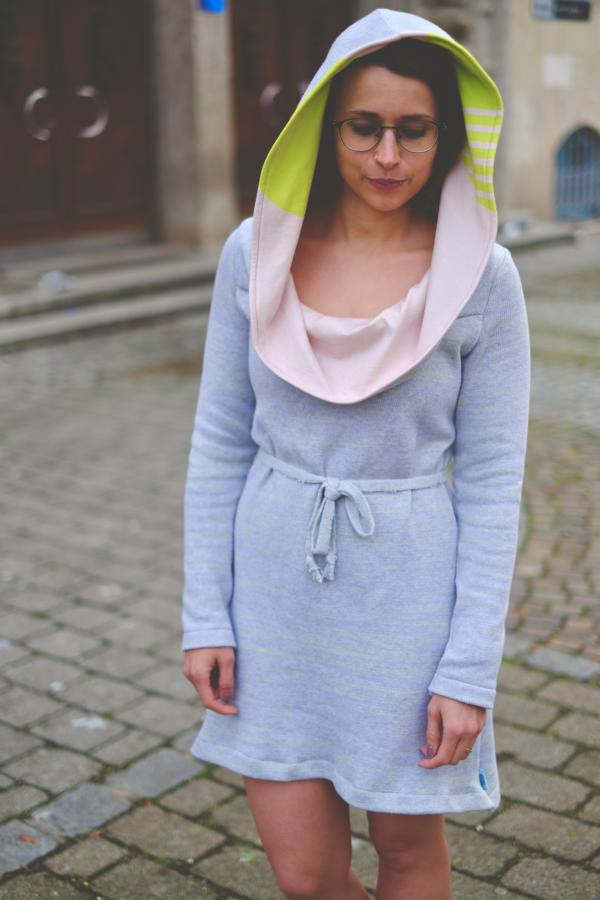 Knitstoff mottled neon yellow Stofftraeume4you Frowein sample radio head dress with hood