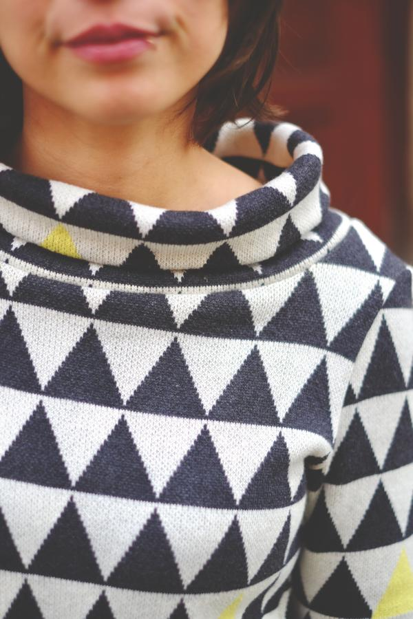 knitsstoff Triangle yellow cotton Stofftraeume4you Frowein example radio head sweater