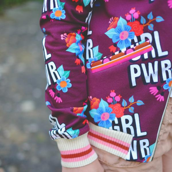 Girl Power BLOOM Hamburger Liebe ALBSTOFFE Stofftraeume4you Radiokopf Blouson Detail nah