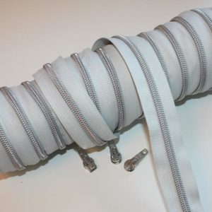 metallized zippers light gray silver Stofftraeume4you