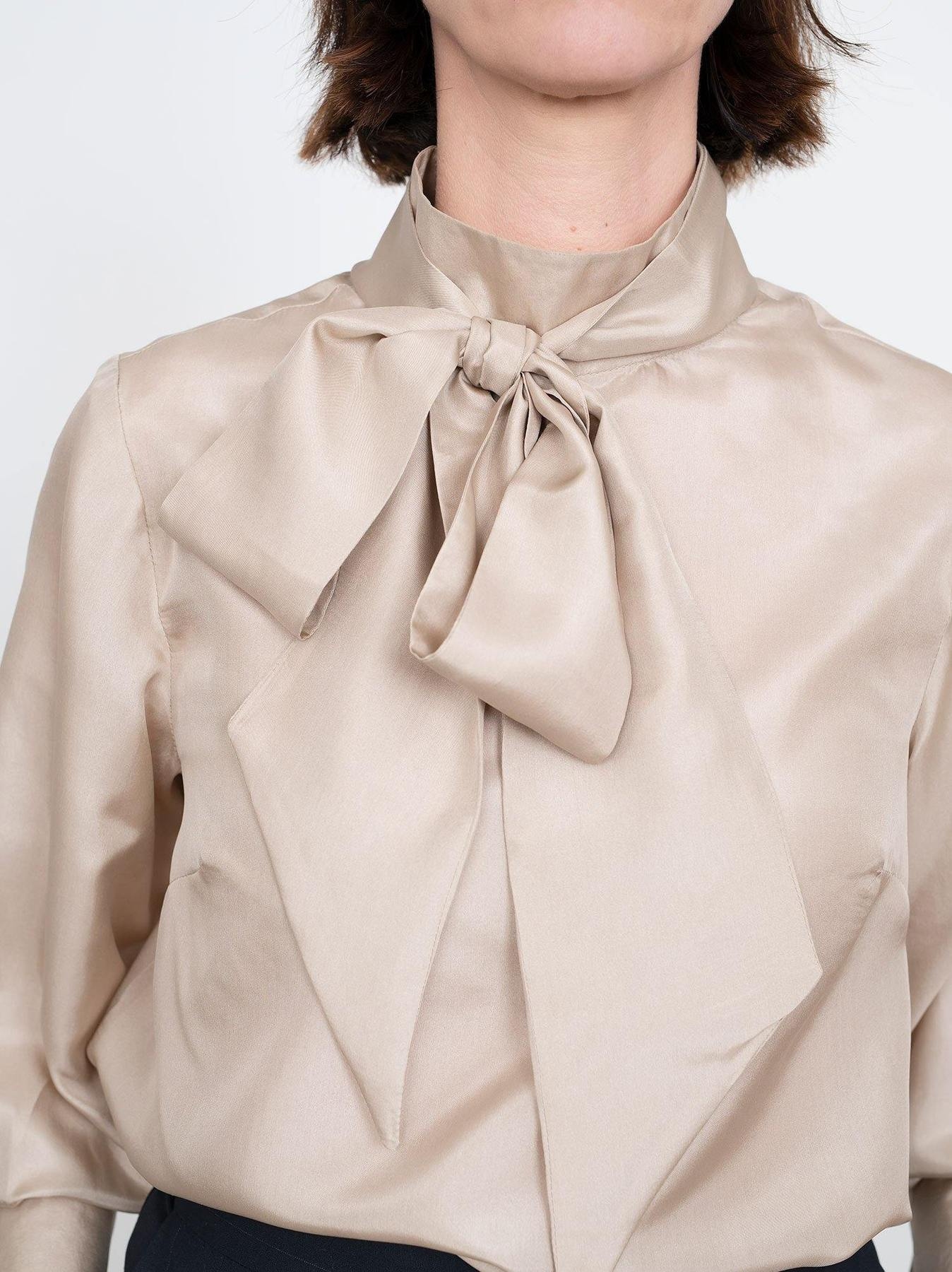 THE TIE BOW BLOUSE The assembly line TAL Stofftraeume4you NAH